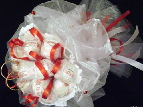 Букеты из конфет фото из рафаэлло своими руками пошаговое фото для начинающих